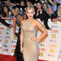 Ashley Roberts en la entrega de los Pride of Britain 2013