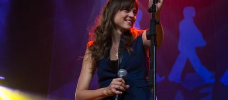 Leonor Watling en un concierto homenaje a Los Beatles