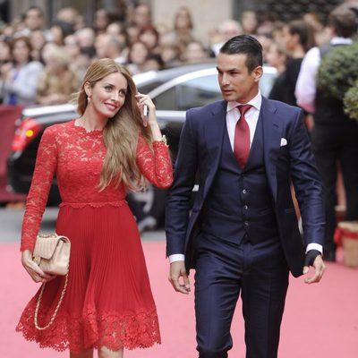 José María Manzanares y Rocío Escalona en la boda de María Colonques y Andrés Benet
