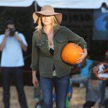 Ali Larter en el Pumpkins Patch de Los Ángeles