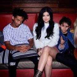 Kylie Jenner, Jaden Smith y unos amigos de fiesta