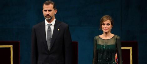 El Príncipe Felipe y la Princesa Letizia en la ceremonia de entrega de los Premios Príncipe de Asturias 2013