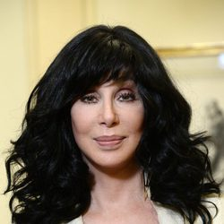 Cher presenta 'Closer to the Truth' en París