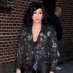 Cher a su llegada al programa 'Late Show With David Letterman'