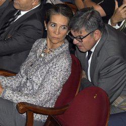 La Infanta Elena y Carlos García Revenga en la entrega de las distinciones al Mérito Deportivo