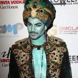 Adam Lambert disfrazado de genio en una fiesta de Halloween