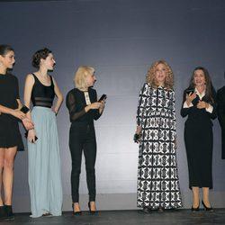 Maxi Iglesias, Olivia Molina, Brianda Fitz-James, Miranda Makaroff, Eugenia Fernández de Castro, Ángela Molina y Lydia Delgado