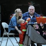 Hilary Duff y su hijo disfrutando de la tarde de Halloween