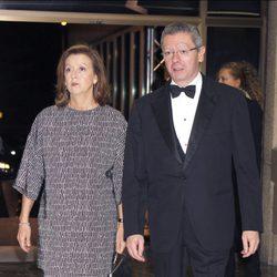 Mar Utrera y Alberto Ruiz Gallardón en la cena de honor a los galardonados con el premio Mariano de Cavia