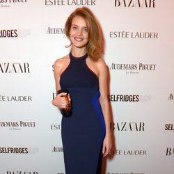 Natalia Vodianova en la fiesta Harper's Bazaar Mujer del Año 2013