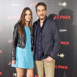 Alberto Ammann y Clara Méndez-Leite en el estreno de 'Alpha'