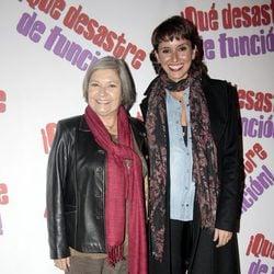 Tina Sainz y Marina San José en la presentación de la obra de teatro '¡Qué desastre de función!'