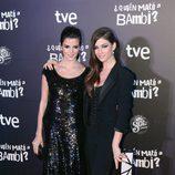 Clara Lago y Úrsula Corberó en el estreno de '¿Quién mató a Bambi?' en Barcelona