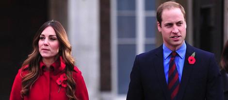 El Príncipe Guillermo y Kate Middleton en el Poppy Day