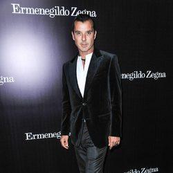 Gavin Rossdale en la apertura de una tienda de Ermenegildo Zegna en Beverly Hills
