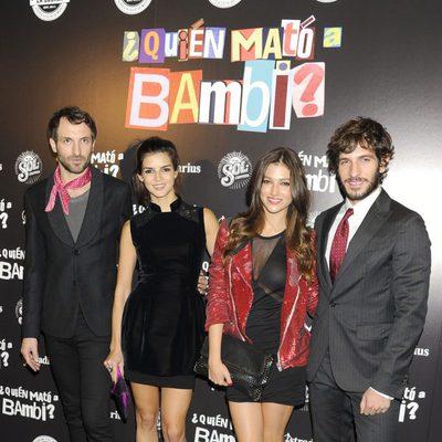 Julián Villagrán, Clara Lago, Úrsula Corberó y Quim Gutiérrez en el estreno de '¿Quién mató a Bambi?' en Madrid