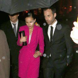 Natalie Portman en la inauguración de la exposición 'Miss Dior' en París