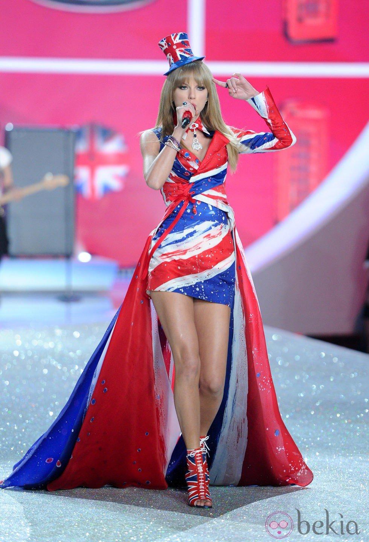 Encantador Vestido De Novia Presupuesto Del Reino Unido Inspiración ...