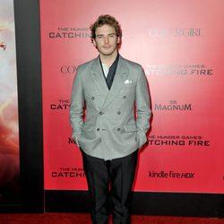 Sam Claflin en el estreno de 'Los Juegos del Hambre: En llamas' en Los Angeles