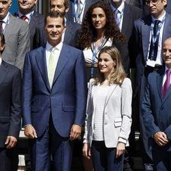 Los Príncipes Felipe y Letizia en un encuentro de telecomunicaciones en Santander
