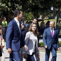 Los Príncipes de Asturias muy sonrientes tras sus vacaciones de verano