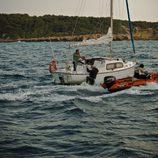 El barco de Reyes (Fernando Cayo) en el último capítulo de 'Punta EscarlataE