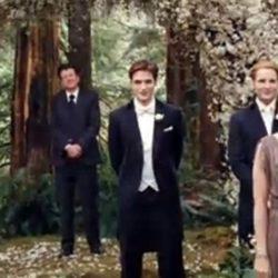 Robert Pattinson vestido de novio en 'Amanecer'