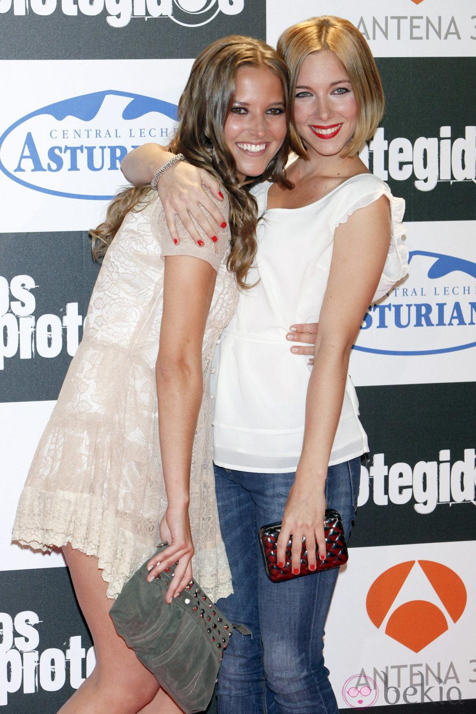 Ana Fernández y Natalia Rodríguez en el estreno de la tercera temporada de 'Los Protegidos'