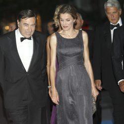 La Princesa Letizia y Pedro J. Ramírez en la cena del 25 aniversario de 'Expansión'