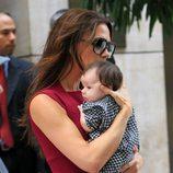 Victoria Beckham pasea con su hija Harper Seven por Nueva York