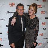 Melanie Griffith, muy atenta con Antonio Banderas en el Festival de Cine de Toronto