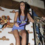 Tatiana Delgado se quita el vestido durante una fiesta de 'Supervivientes' en Madrid