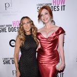 Sarah Jessica Parker y Christina Hendricks en el estreno de 'Tentación en Manhattan' en Nueva York