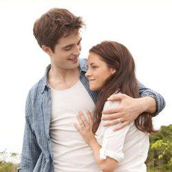 Robert Pattinson y Kristen Stewart, dos enamorados en 'Amanecer'