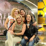 Sofía Cristo, Bárbara Rey, Aída Nizar y su madre Mari Ángeles Delgado en la presentación de 'Acorralados'