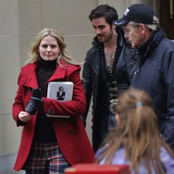 Jennifer Morrison y Colin O'Donoghue graban 'Érase una vez' en Vancouver