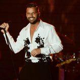 Ricky Martin actuando en la gala Persona del Año 2013 de los Grammy Latinos