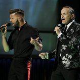 Miguel Bosé y Ricky Martin en los Grammy Latinos 2013