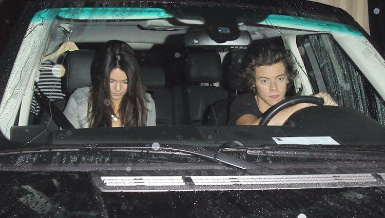 Kendall Jenner y Harry Styles juntos en coche