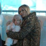 Petra Ecclestone y su hija Lavinia en 'Winter Wonderland'