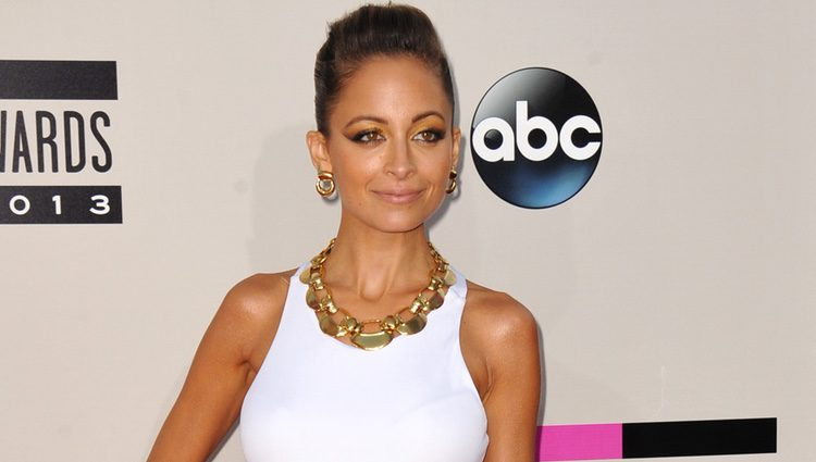 Nicole Richie en los American Music Awards 2013