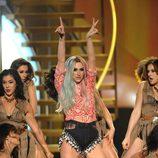 Kesha durante su actuación en los American Music Awards 2013