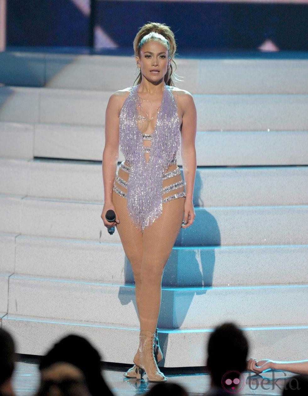 Jennifer Lopez durante su actuación en los American Music Awards 2013