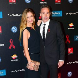 Martina Klein y Álex Corretja en la gala contra el Sida 2013