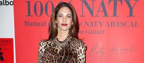 Eugenia Silva luce embarazo en la presentación del libro '100% Naty'