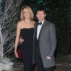 James Blunt y Sofia Wellesley en la Winter Whites Gala 2013