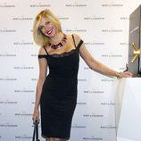 Marta Robles brinda con champán antes de Navidad