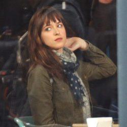 Dakota Johnson en el set de 'Cincuenta sombras de Grey' en Vancouver
