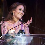 Jennifer Lopez aplaudiendo en su fiesta homenaje 'Celebration of Babies'