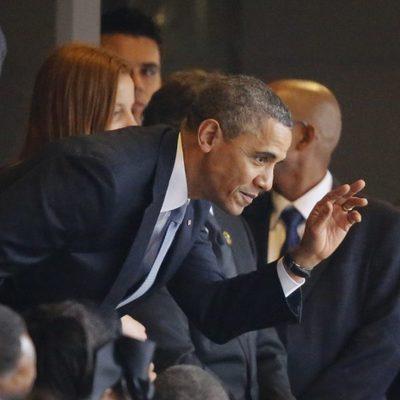 Barack Obama en el funeral de Nelson Mandela